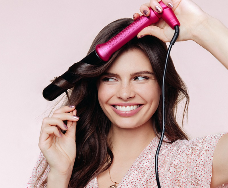 Pros & Cons of the NuMe Classic Curling Wand
