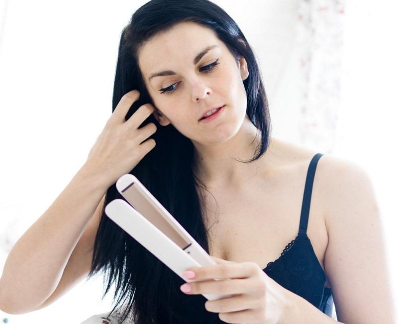 cons of straightening wet hair