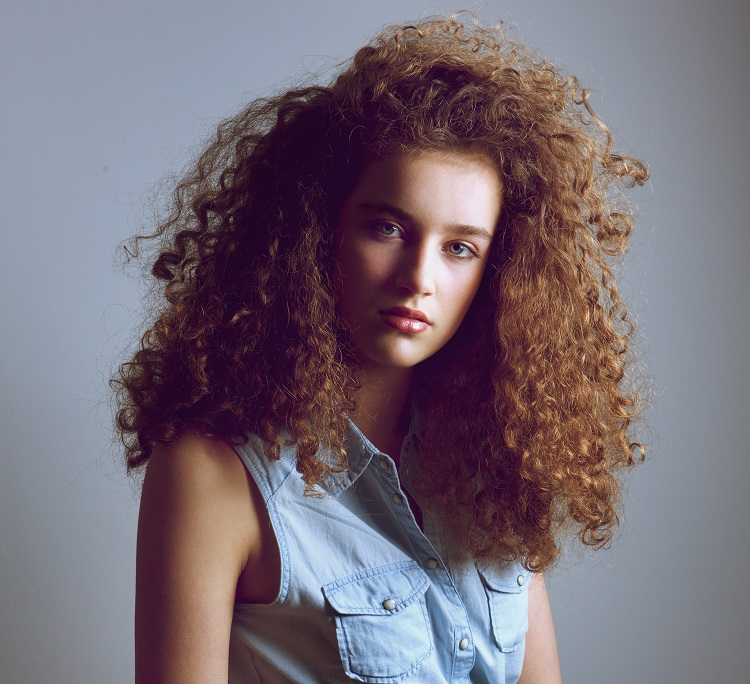 curly frizzy hair