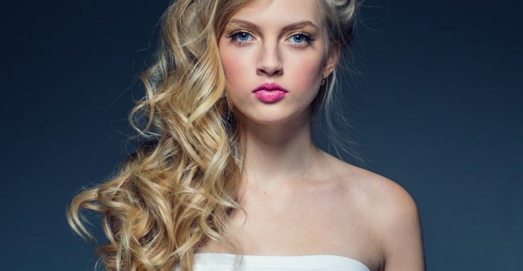 curly hairstyle with curling iron