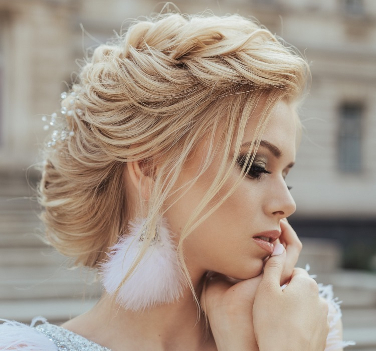 straight hairstyle for wedding