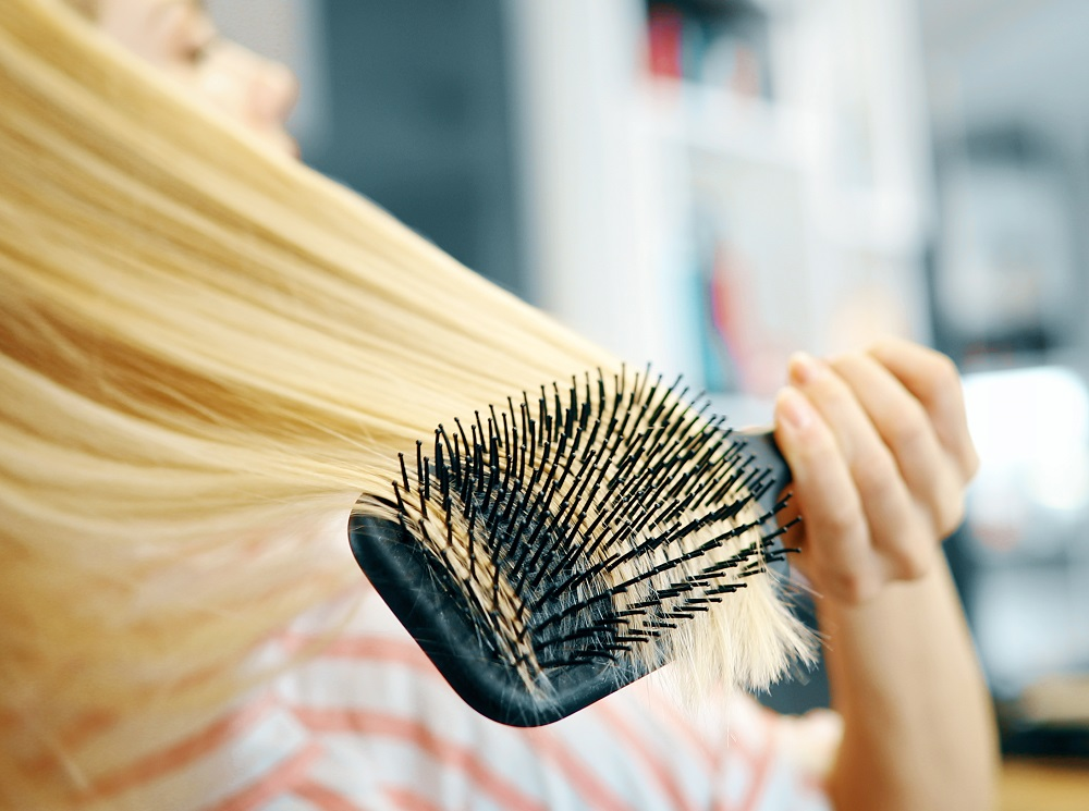 flat hair brush